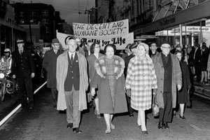 Professor Liley at an anti-abortion rally in Wellington NZ,1974